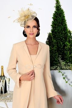 Sophisticated knee length dress with coat from Dress Code by Veromia.