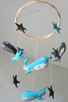 Mobile whales & stars in wool felt by Mowakke on Etsy, Baby Crafts, Crafts For Kids, Whale Mobile, Whales, Stuffed Animals, Wool Felt, June, Crafty, Dolls