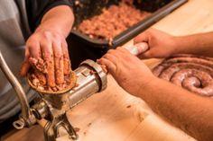 Sausage, Meat, Vegetables, Ethnic Recipes, Food, Sausages, Essen, Vegetable Recipes, Meals