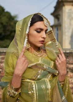 Pakistani Wedding Outfits, Pakistani Wedding Dresses, Bridal Outfits, Indian Dresses, Wedding Hijab, Pakistani Fashion Casual, Pakistani Dress Design, Pakistani Clothing, Pakistani Designers