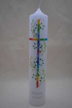 """Taufkerze """"Regenbogenkreuz"""" von Hänsel & Gretel Candleart auf DaWanda.com Première Communion, First Holy Communion, Homemade Candles, Diy Candles, Baptism Candle, Christening Party, Candle Craft, Personalized Candles, Diy Projects To Try"""