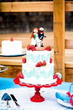 The sweetest blue + white cake with strawberries | 17 Wedding Cake Ideas | Liz Caruana Weddings