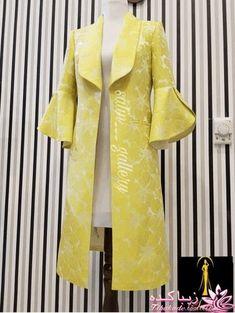 Abaya Fashion, Muslim Fashion, Women's Fashion Dresses, Iranian Women Fashion, African Fashion, Sleeves Designs For Dresses, Stylish Clothes For Women, Pakistani Dress Design, Fashion Sewing