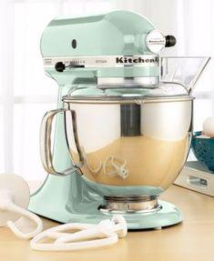 KitchenAid Stand Mixer, 5 Qt Artisan in Pistachio - I want a retro mint green kitchen in my future house ♥ Small Kitchen Appliances, Kitchen Aid Mixer, Kitchen Gadgets, Baking Gadgets, House Appliances, Kitchen Tools, Mixer Accessories, Kitchen Accessories, Vintage Decor