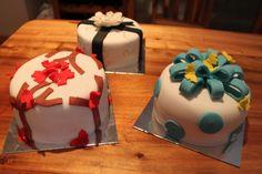 Small birthday cakes Small Birthday Cakes, Cool Cake Designs, Cake Creations, Cake Art, Amazing Cakes, Baking, Desserts, Food, Tailgate Desserts