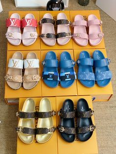 Louis Vuitton lv woman slippers leather slides Mule Sandals, Louis Vuitton Shoes, Womens Slippers, Birkenstock, Woman, Leather, Closet, Outfits, Fashion