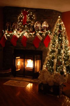 Can't wait to decorate the fireplace for our first Christmas in the new house!