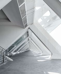 Photography Series: White Harmony in Valencia (City of Light)