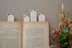 Glass fused ceramic bookmarks- Jasmin Blanc