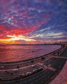 "Ujwal Puri on Instagram: ""Sometimes you have to wait for the Magic to Happen . #sunset #sky #colours #sea #view #amazing #cityscape #travel #things2doinmumbai #_soi…"""