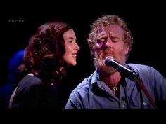 Glen Hansard & Lisa Hannigan : Falling Slowly (HD) Live Albert Hall 2014 Feat . John Sheahan - YouTube