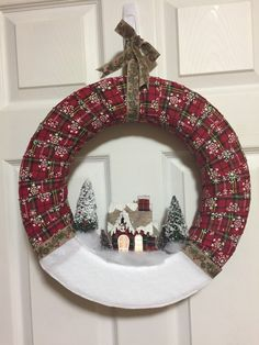 Ways To Use That Room Below Your Stairs Christmas Wreath Christmas Yarn Wreaths, Christmas Swags, Diy Christmas Gifts, Christmas Art, Christmas Projects, Handmade Christmas, Christmas Decorations, Christmas Ornaments, Wreath Crafts