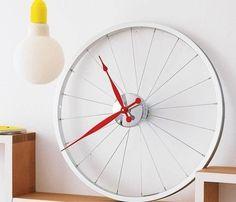 Bike Wheel Clock #clock #wall #bike #wheel