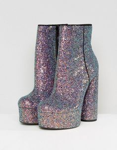 Browse online for the newest ASOS ELECTRIFYING Platform Ankle Boots styles. Shop easier with ASOS' multiple payments and return options (Ts&Cs apply). Pretty Shoes, Beautiful Shoes, Kpop Fashion Outfits, Fashion Shoes, Grunge Outfits, Emo Fashion, Fashion Online, High Heels, Shoes Heels