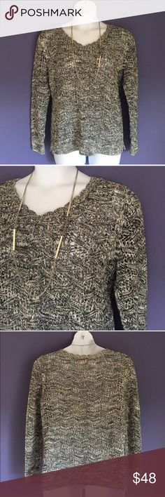 """🆕 LOFT Black & White V-Neck Sweater Be stylish and warm in this beautiful sweater.  Perfect for any occasion, you will look fabulous.  Pair with jeans or black pants/skirt.   Material:  100% Cotton. Measurements (Flat): Length - 26""""/Bust - 24""""/Waist - 23"""" LOFT Sweaters V-Necks"""