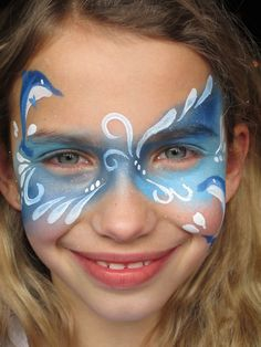 dolfijn meisje artist annemiek van kooten schminkenisleuk.nl Frozen Face Paint, Easy Face Painting Designs, Butterfly Face Paint, Make Up, Facepaint Kids, Face Paintings, Paint Ideas, Google, Projects