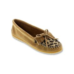 Minnetonka Leopard Kilty Moc  Slip-Ons ($45) ❤ liked on Polyvore featuring shoes, loafers, moccasins, slip-ons, taupe suede, women's, moccasin loafers, leopard loafers, slip-on shoes and slip-on loafers