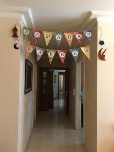 Ramadan decoration Ramadan Gifts, Ramadan Mubarak, Eid Crafts, Decor Crafts, Islamic Celebrations, Ramadan Activities, Islam For Kids, Room Decor, House Design