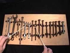 This is very nifty! An accurately tuned glockenspiel using nothing more than bolts and spanners for key. By Tom Kaufmann of www.tinkertunes.com