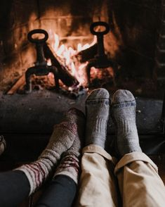 Aesthetic Couple, Cozy Aesthetic, Camping Aesthetic, Autumn Aesthetic, Camping Photography, Couple Photography, Photography Poses, Fotos Goals, Autumn Cozy