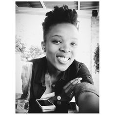 How to leave a mark in someone's life. 1. Steal their phone. 2. Leave a vaguely discreet selfie. #selfie #naturalhair #bw