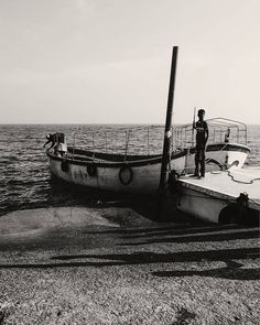 Shared by mamunurrashidphoto #landscape #contratahotel (o) http://ift.tt/2pPaJTU from the beach  #boats #photooftheday #lifequotes #instagram #instadaily #pic #foto #nice #bangladeshi #bangla #photographersofbangladesh #photodaily #travelpics #photooftheday #photoshoot #fujifilm #fuji #xt1 #bnw #bw #bwphotography #blackandwhitephoto _cap #photographer #boatlife