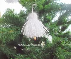 Ema's Decorations: Handmade Christmas Ornaments from Sparkly Yarn