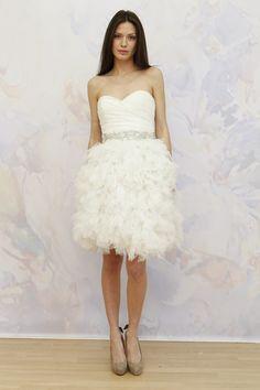 Rock a mini on your wedding day! #weddingdress {Tulle}