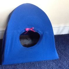 Diy Cat Tent - how to make a cat tent animal information diy cat tent using an old t shirt cat stuff diy cat tent cat tent cattentoutdoor cat tent ideas 18 best diy cat tent images in 2016 pin on cats Pet Urine, Pet Odors, Diy Cat Tent, Cats Bus, Outdoor Dog, Diy Stuffed Animals, Cat Toys, Cool Cats, Dog Cat