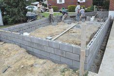 Build A Concrete Block Foundation - How To Build A Cinder Block Garage Foundation Decorative Concrete Blocks, Concrete Block Walls, Cinder Block Walls, Concrete Bricks, Concrete Forms, Cinder Blocks, Concrete Base For Shed, Concrete Sheds, Concrete Garages