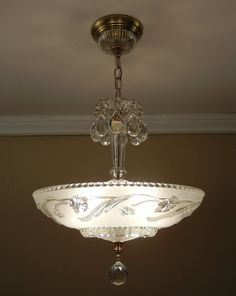 I have the shade.found it in our basement I like how they did this Chandelier Ceiling Lights, Ceiling Light Fixtures, Glass Ceiling, Chandeliers, Vintage Light Fixtures, Vintage Lighting, Light Art, Art Nouveau, Compact Fluorescent Bulbs
