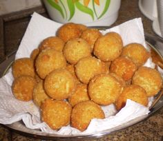 Receita de Bolinha de queijo. Enviada por Gilda Ferreira Machado e demora apenas 40 minutos.