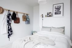 Discover the place of the decor Home Office Space, Bedroom Inspiration, My Room, Decoration, Apartment Ideas, Cosy, Spaces, Flat, Photos