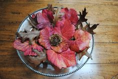 Easy way to spruce up your table for fall! www.fiskars.com