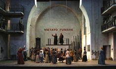 Cosi Fan Tutte from Festival d'Aix-en-Provence 2005. Production by Patrice Chéreau. Sets by Richard Peduzzi.