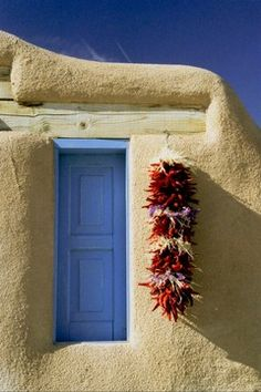 Nancy Ori leads photo workshop in southwestern U. Southwestern Home, Southwest Decor, Southwest Style, Mykonos, New Mexico Santa Fe, Unique Doors, Door Knockers, Doorway, Stairways