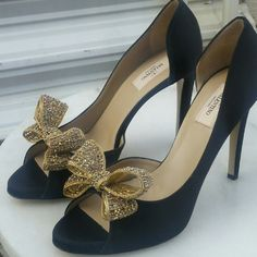 NEW NEVER BEEN WORN Valentino D'orsay Black satin heels with open toe with Crystal bows Valentino Shoes Heels