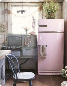 Loving this pink fridge! Recreate with Chalk Paint™ in Antoinette!