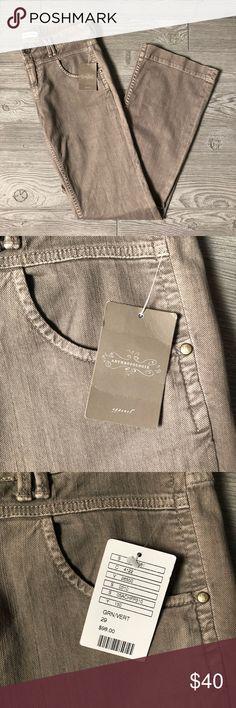 eb6b4b8f2ee NWT Anthropologie Pilcro Green Pants Size 29 NWT Anthropologie Pilcro Green  Pants Size 29 🔹 Waist