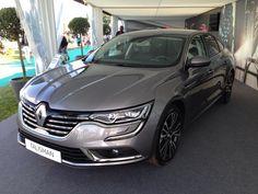 """Cars - Renault Talisman : la berline élue """"Plus Belle Voiture de l'Année 2015"""" ! - http://lesvoitures.fr/renault-talisman-la-berline-elue-plus-belle-voiture-de-lannee-2015/"""