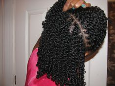 12/4/11 I twisted my hair yesterday using Blended Cutie Jelly Cream. My hair was freshly washed, conditioned and detangled using Bioinfusion Hydrating Shampoo and Panteen Pro-V Megathick Frizzy To Smooth Conditioner. I've recently gone back to Panteen after a 10 year hiatus. I'm not a huge fan of the new scent they've attached to Herbal Essences Totally Twisted and the scent of Hello Hydration was just ok to me. I'm driven by four things: results, scent, functionality (how hard the product…