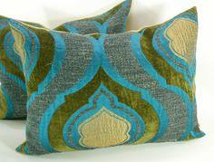 Turquoise Velvet Peacock pillow covers by labdesigns on Etsy Teal Throw Pillows, Velvet Pillows, Sofa Pillows, Turquoise Pillows, Cushions, Couches, Pillow Room, Pillow Talk, Lumbar Pillow