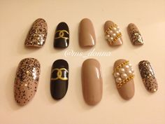 NEW SHAPE Long Oval Designer Inspired Press-On Nails With Chains & Pearls by BellaDonnaNailDesign on Etsy https://www.etsy.com/listing/123471529/new-shape-long-oval-designer-inspired