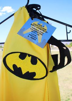 Batman favor tags, available in the Batman printable collection Little Boy And Girl, Little Boys, Boy Or Girl, Batman Party, Superhero Party, 3rd Birthday, Birthday Parties, Soiree Party, Favor Tags