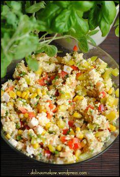 sałatka z kaszą jaglaną i wędzonym kurczakiem Salad Recipes, Snack Recipes, Healthy Recipes, Appetizer Salads, Appetizers, Chicken Egg Salad, Rice Salad, Food Salad, Polish Recipes