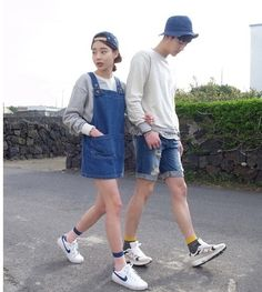 Couple Outfits 30 Matching Couple Outfits For Every Occasion - Part 6 Korean Fashion Dress, Korean Fashion Winter, Korean Street Fashion, Korea Fashion, Korean Outfits, Asian Fashion, Look Fashion, Matching Couple Outfits, Matching Couples