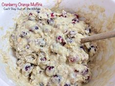 These lovely muffins have super humongous muffin tops and are incredibly festive and beautiful. Filled with cranberries, orange juice and zest and pecans, with a delightful streusel and orange glaze, they make an amazing holiday breakfast. Cranberry Fruit, Cranberry Orange Muffins, Blueberry Bread, Blueberry Cupcakes, Take A Meal, Ocean Spray Cranberry, Lemon Frosting, Baking Muffins, Streusel Topping