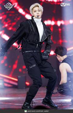 181115 엠카운트다운 몬스타엑스(MONSTA X) - Shoot Out 현장포토 : 네이버 포스트 Monsta X Hyungwon, Yoo Kihyun, Shownu, Jooheon, Minhyuk, Got7, Live Meme, Latex Men, Rap God