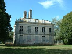 Château de Soye ►► http://www.frenchchateau.net/chateaux-of-bretagne/chateau-de-soye.html?i=p