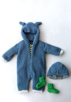 Free Teddy Bear Overalls from Nordic Patterns | Sew Mama Sew | Outstanding sewing, quilting, and needlework tutorials since 2005.